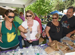 Employees Hunt For Treasures At The Annual Company Picnic.