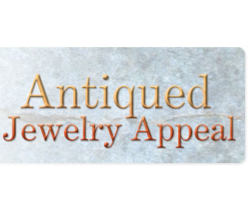 Style Snapshot: Antiqued Jewelry Appeal