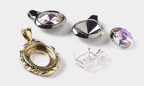 "10-1/"" Square Silver Plated Pendants With Glass Domes Do It Yourself Kit"