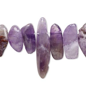 bead, amethyst (dyed), extra-large hawaiian chip, mohs hardness 7. sold per 8-inch strand.