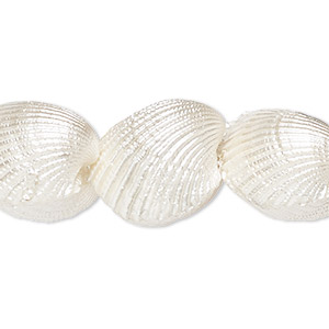bead, ark shell (bleached), white, 17-20mm, mohs hardness 3-1/2. sold per 8-inch strand, approximately 10 beads.