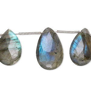 bead, labradorite (natural), 14x10mm-20x12mm graduated hand-cut top-drilled faceted puffed teardrop, b grade, mohs hardness 6 to 6-1/2. sold per 8-inch strand, approximately 10 beads.