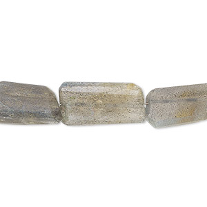 bead, labradorite (natural), medium hand-cut faceted nugget, mohs hardness 6 to 6-1/2. sold per 7-inch strand.