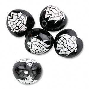 bead, lumbang seed, black and white, 20-25mm with double-sided painted turtle. sold per pkg of 5.