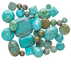 bead mix, magnesite (dyed / stabilized), blue-green, 5-37mm mixed shape, c grade, mohs hardness 3-1/2 to 4. sold per 1/2 pound pkg, approximately 50-70 beads.