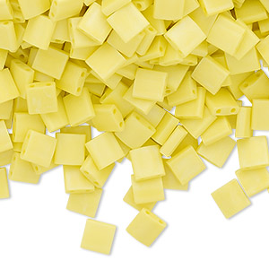 bead, tila, glass, opaque matte rainbow yellow, (tl404fr), 5mm square with (2) 0.8mm holes. sold per 10-gram pkg.