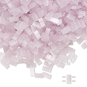 bead, tila, half tila, glass, translucent silk luster light pink, (htl2551), 5x2.3mm rectangle with (2) 0.8mm holes. sold per 10-gram pkg.