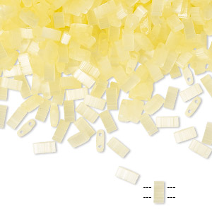 bead, tila, half tila, glass, translucent silk luster light yellow, (htl2554), 5x2.3mm rectangle with (2) 0.8mm holes. sold per 10-gram pkg.