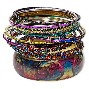 bracelet, bangle, glass / enamel / resin / gold-finished steel / aluminum / brass, assorted colors with glitter, 2.5-17mm wide, 7-1/2 to 8 inches. sold per 14-piece set.