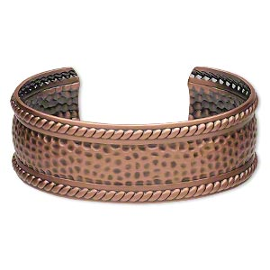 bracelet, cuff, antique copper-plated brass, 21mm wide with rope design and hammered center, 6-1/2 to 7 inches. sold individually.