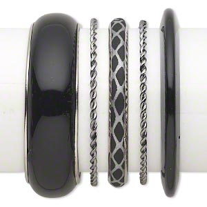 bracelet mix, bangle, plastic with silver- and gunmetal-finished steel, silver and black, 3-22.5mm wide with mixed design, 8 to 8-1/2 inches. sold per 5-piece set.