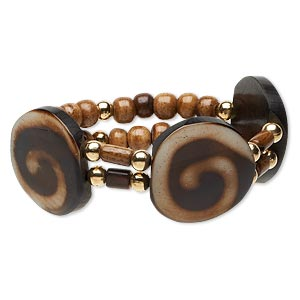 bracelet, stretch, resin and gold-coated plastic, brown / dark brown / cream, 31mm flat round with swirl design, 7 inches. sold individually.