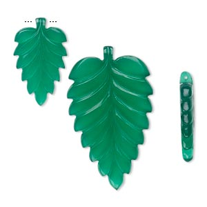 focal and drop, green onyx (dyed), (2) 21x13mm and (1) 37x24mm double-sided carved leaf, b grade, mohs hardness 6-1/2 to 7. sold per 3-piece set.