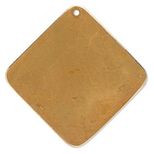 focal, brass, bright gold patina, pantone color 18-0935, 40x40mm double-sided diamond. sold per pkg of 6.