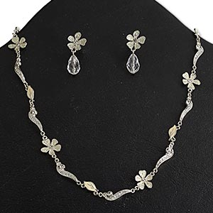 necklace and earring, epoxy / acrylic / swarovski crystals / rhodium-finished pewter (zinc-based alloy), white / clear / crystal clear with glitter, flower, 16 inches with fold-over clasp, 1-1/8 inch earrings with post. sold per set.