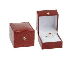 Gift and Presentation Boxes Leatherette Reds