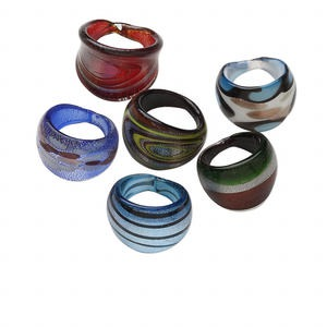 Ring mix, lampworked glass, multicolored with silver- and copper-colored foil, 20-24mm wide, size 7 to 9-1/2. Sold per pkg of 6.