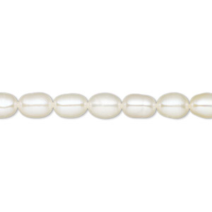 pearl, white lotus™, cultured freshwater (bleached), white, 5-5.5mm rice, a- grade, mohs hardness 2-1/2 to 4. sold per 16-inch strand.