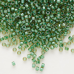 seed bead, delica, glass, color-lined leaf green, (db917), #11 round. sold per 50-gram pkg.