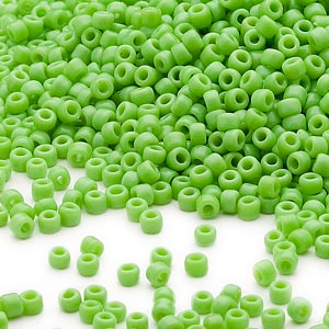seed bead, dyna-mites™, glass, opaque lime green, #11 round. sold per 1/2 kilogram pkg.