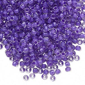 seed bead, dyna-mites™, glass, translucent inside color dark lilac, #8 round. sold per 40-gram pkg.