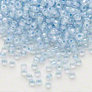 seed bead, dyna-mites™, glass, translucent inside color rainbow ice blue, #8 round. sold per 40-gram pkg.