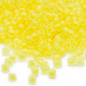 seed bead, dyna-mites™, glass, translucent matte inside color yellow, #6 round. sold per 40-gram pkg.