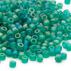 seed bead, dyna-mites™, glass, transparent frosted rainbow jade green, #6 round. sold per 1/2 kilogram pkg.