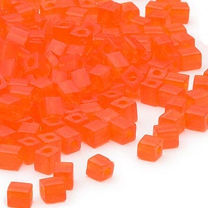 seed bead, miyuki, glass, transparent frosted orange, (sb138f), 3.5-3.7mm square. sold per 25-gram pkg.