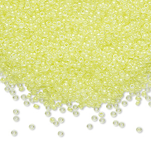 seed bead, miyuki, glass, transparent luminous color-lined neon yellow, (rr1119), #15 rocaille. sold per 35-gram pkg.